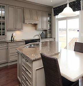 ... Beautiful Kitchen Inside A Woodhaven Model Home ...